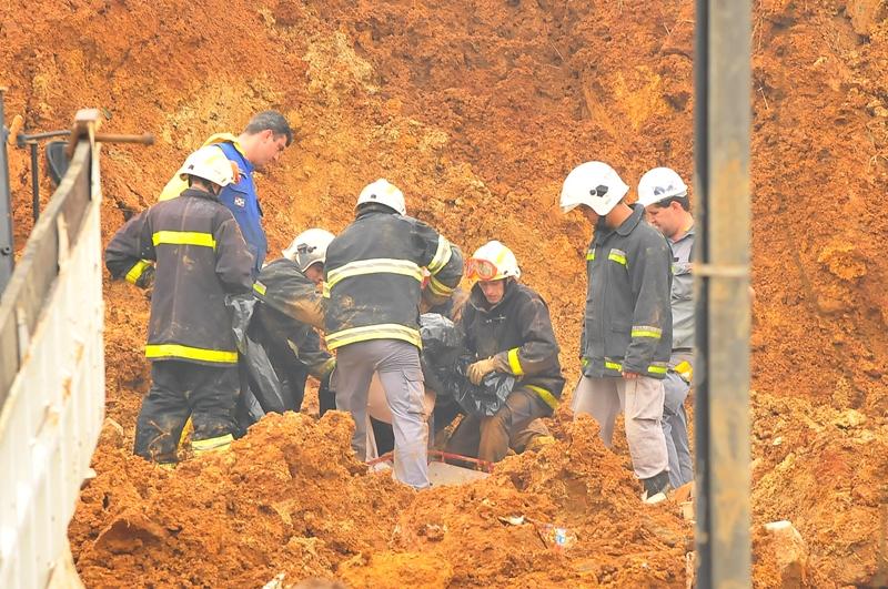 Chuvas de 2008 alagaram ruas, encheram casas, derrubaram encostas e fizeram muitas vítimas   Foto Arquivo OCP News
