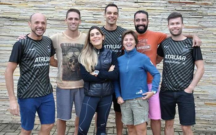 Sete dos nove atletas que estarão em Floripa. Da esquerda para direita: Marciano, Samuel, Maíra, Cláudio, Renata, Charles e Roberto I Foto: Divulgação