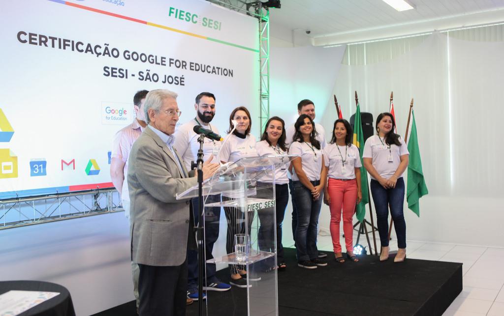 entrega da certificação ocorreu nessa quarta-feira (16), na unidade do Sesi de São José Foto Filipe Scotti/Divulgaação