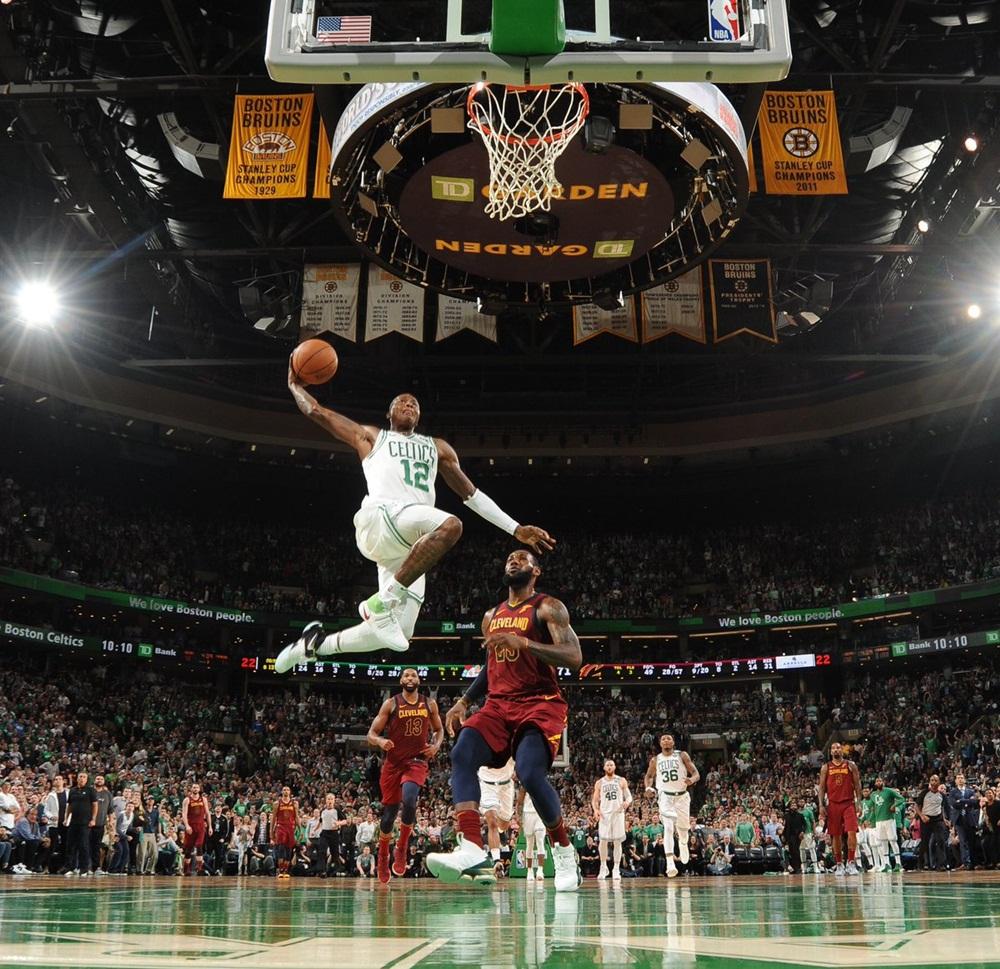 Terry Rozier comandou a virada do Boston Celtics no TD Garden