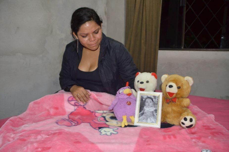 A mãe Josenilda Alves de Miranda ainda tem esperanças de encontrar a filha viva    Foto: Arquivo OCP