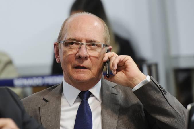 Pré-candidato ao governo do Estado, Paulo Bauer vê avançar contra ele denúncia no STF
