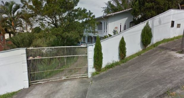 Família gasta cerca de R$ 2 mil por mês com o aluguel do imóvel, em bairro da região central | Foto Divulgação