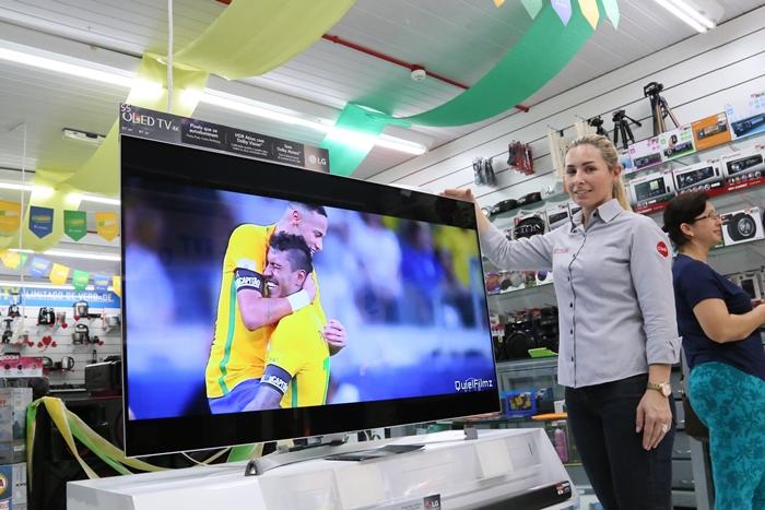 Copa do Mundo aquece a venda de televisores | Foto Eduardo Montecino/OCP News