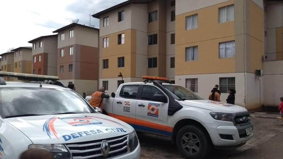 Foto: Defesa Civil de Santa Catarina, Defesa Civil de Jaraguá do Sul e Corpo de Bombeiros Militar decidiram liberar a vinda dos moradores na noite de terça | Foto: Eduardo Montecino/OCP