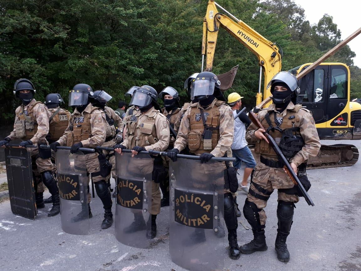 Polícia Militar foi mobilizada em ação da Prefeitura  Foto: Elisa Jorge / Arquivo Pessoal