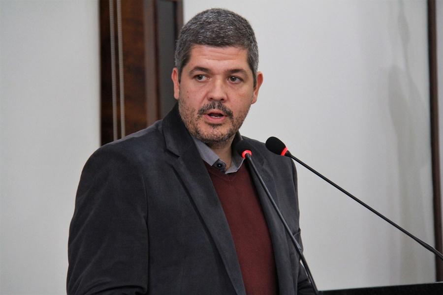 Promotor da Infância e Juventude, Rafael Meira Luz, mobiliza vereadores para elaborar de moção de repúdio | Foto: Divulgação/CMJS