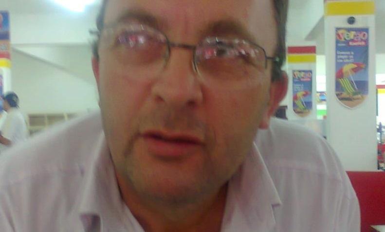 Dirceu Lucachinski era o condutor do Ford Ka de Joinville que bateu contra um caminhão    Foto Divulgação