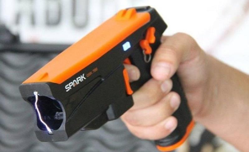 PM usou umdispositivo elétrico incapacitante (Spark) para deter suspeito com drogas   Foto Arquivo