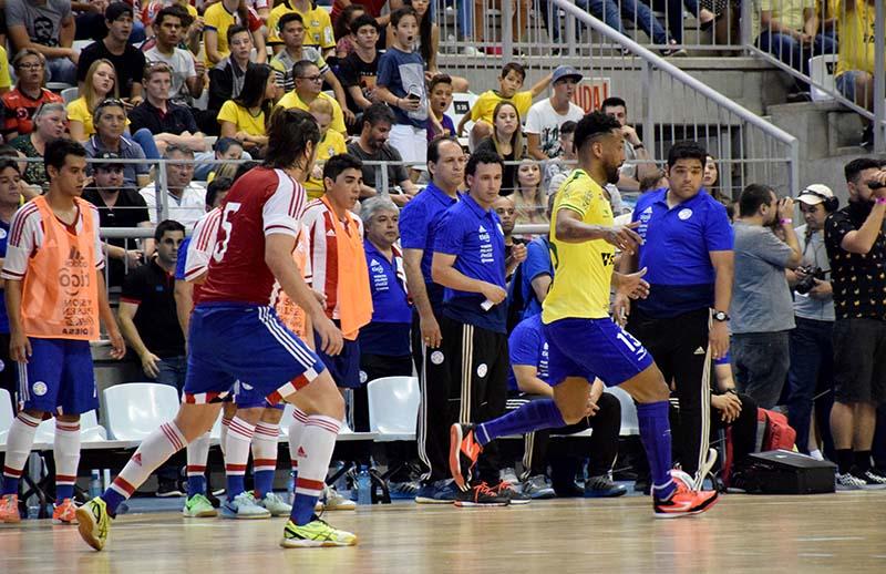Pivô confirma acerto com o Jaraguá Futsal para temporada 2019 c02e757f0ca83