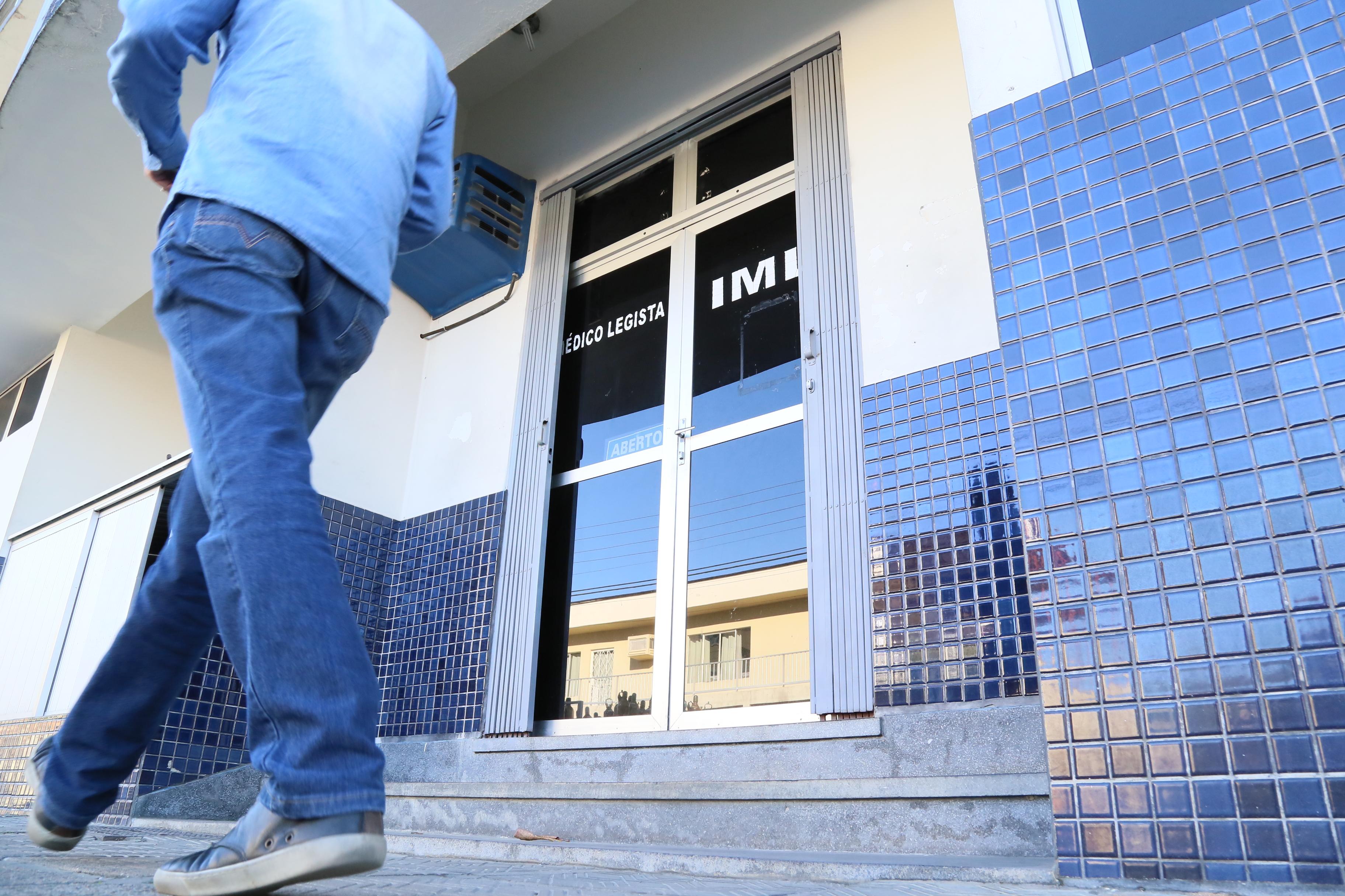 Adolescente deve passar por exame de corpo de delito no Instituto Médico Legal, em Jaraguá do Sul. | Foto Eduardo Montecino/OCP News