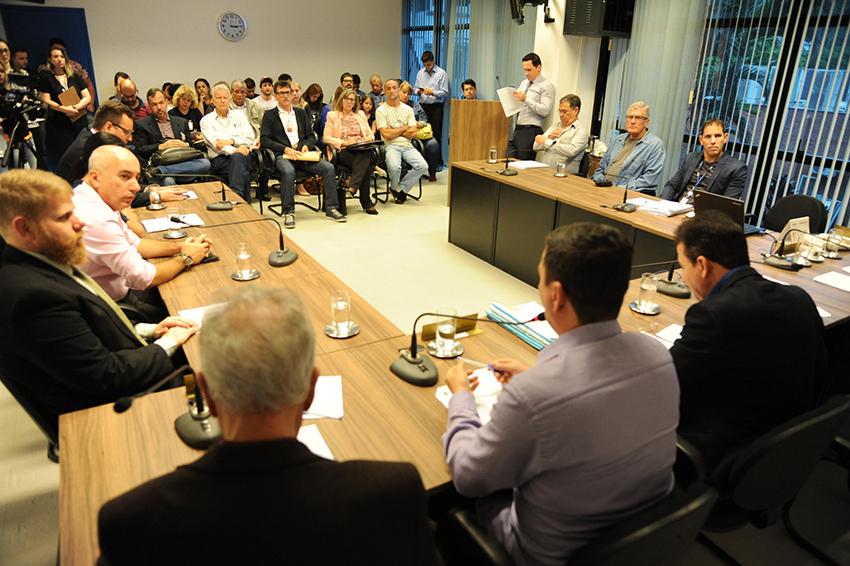 O encontro ocorreu durante a reunião semanal da Comissão de Urbanismo da CVJ | Foto Nilson Bastian/CVJ