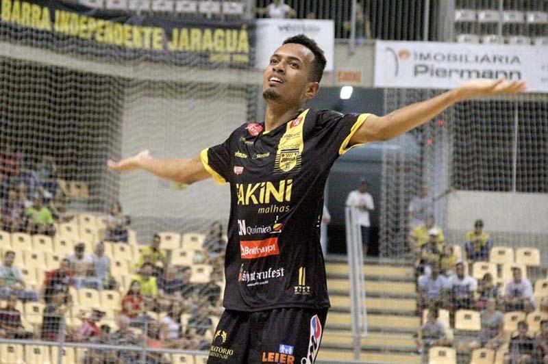 Walex foi chamado para dois amistosos em Santa Catarina | Foto: Lucas Pavin/Agência Avante!