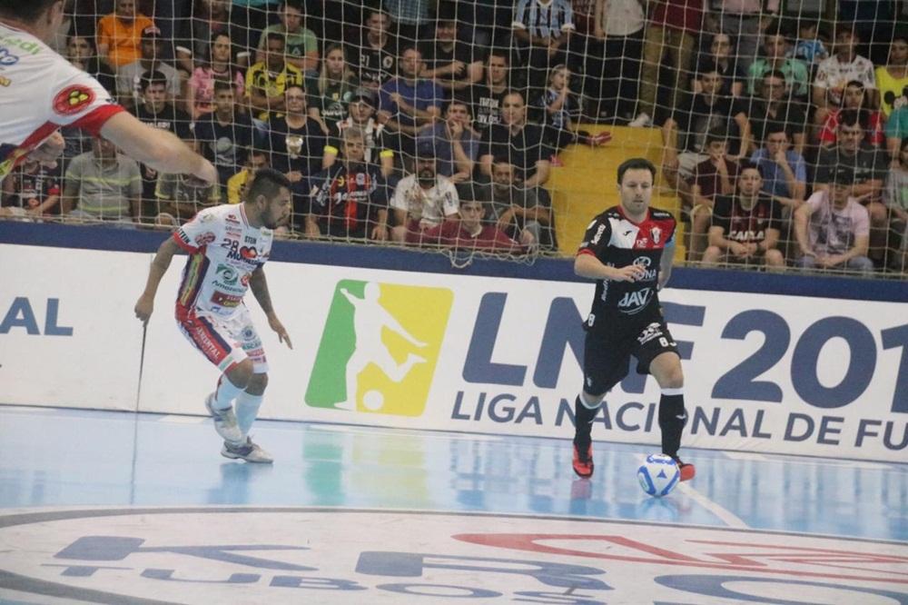 Em jogo de dez gols, Tricolor mantém vantagem para o jogo de volta   Foto: Juliano Schmidt/JEC/Krona