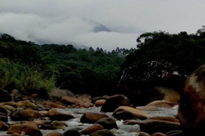 Instabilidade deve predominar até domingo. A foto é do Rio São João, em Garuva. Os créditos vão para Rafaela Legnaghi | Foto Reprodução Instagram @GaruvaSC