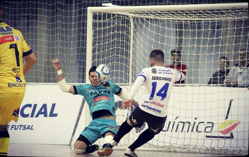 Goleiro João Neto acerta renovação com o Jaraguá Futsal para 2019 9e544c68869a6