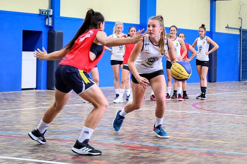 Basquete feminino é uma das modalidades oferecidas   Foto Eduardo Montecino/OCP News
