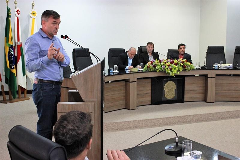 Vereador Arlindo Rincos pediu apoio a vereadores para impedir fechamento de unidade | Foto Divulgação / CMJS