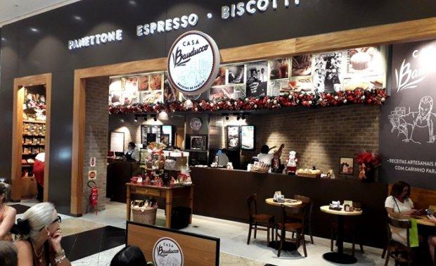Cafeteria oferece espaço para o cliente fazer suas refeições no local | Foto Divulgação/Página3