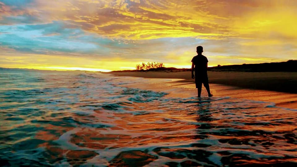 Previsão é de Sol, calor e muita praia neste fim de semana. Clique feito pro Rogério Souza Jr na orla de Balneário Barra do Sul  | Foto Rogério Souza Jr/Arquivo pessoal