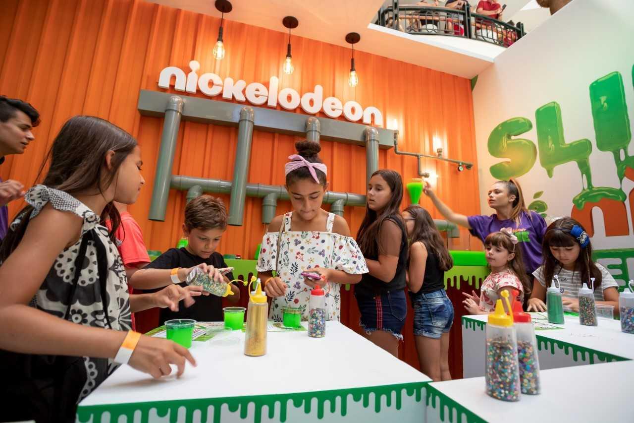 de98343173e Iguatemi realiza encontrinho com youtuber Tio Lucas em Florianópolis