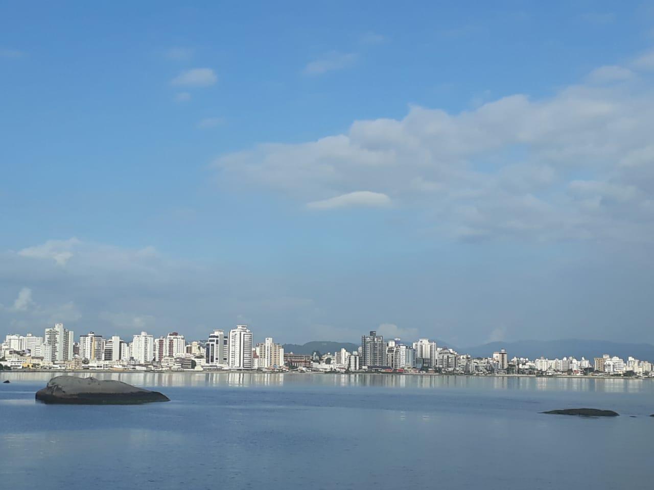 Florianópolis terá uma terça-feira com sol entre nuvens   Foto Ewaldo Willerding/OCPNews