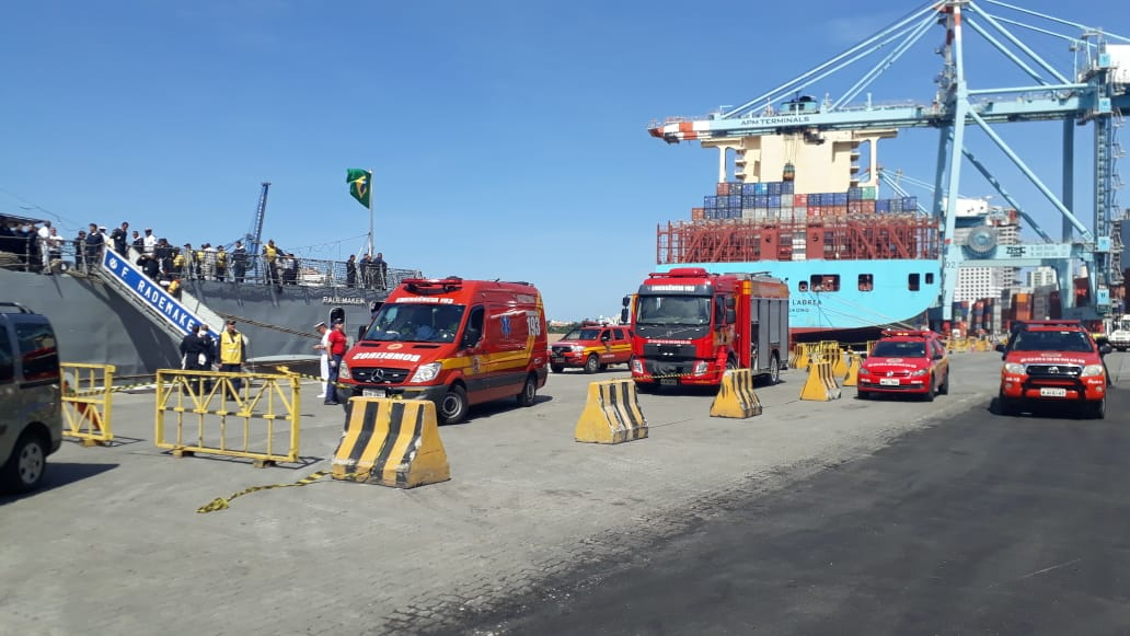 Incêndio foi registrado em navio que estava atracado no porto de Itajaí   Foto Divulgação/Corpo de Bombeiros Militar de Santa Catarina