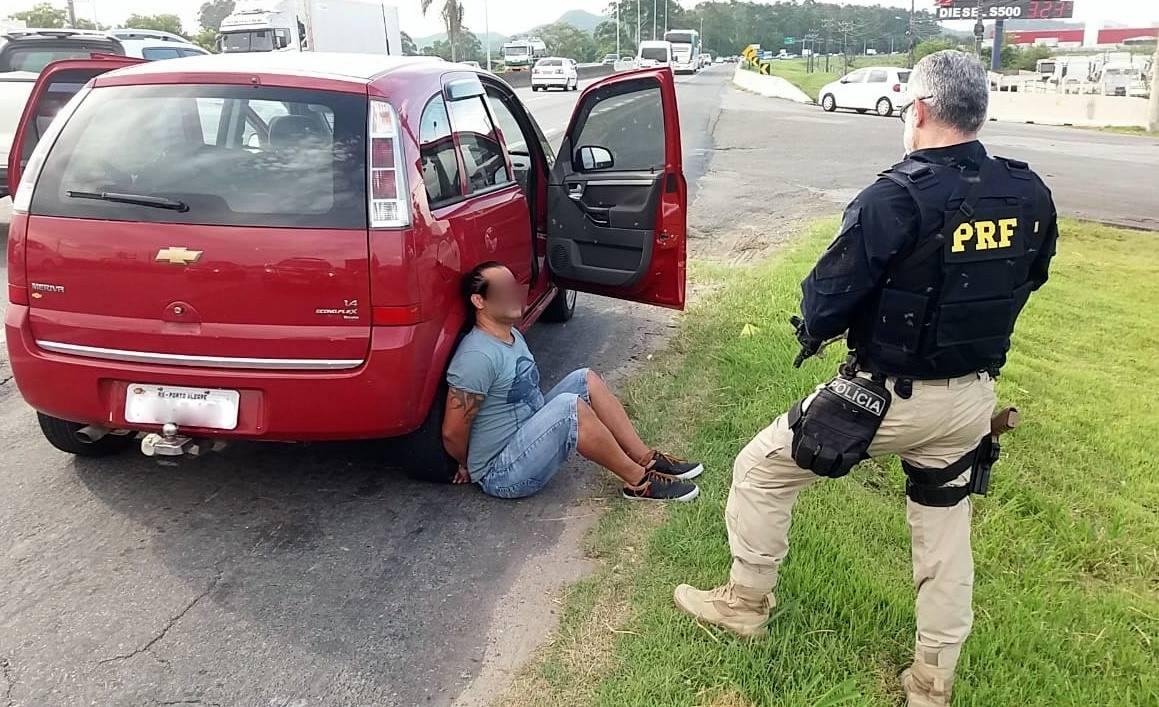 Motorista, de 30 anos, recebeu voz de prisão e foi encaminhado à Delegacia de Polícia | Foto PRF/Divulgação