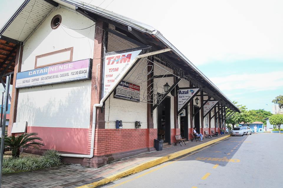 Prédio da Estação Ferroviária pertence à Prefeitura | Foto Eduardo Montecino/OCP News