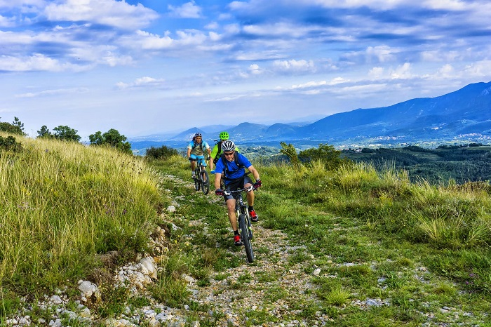A meta é atravessar todos os oito países dos Balcãs Ocidentais | Foto Divulgação/Slovenia-outdoor