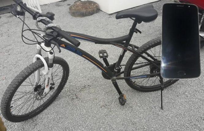 Bicicleta foi recuperada e celular encontrado nesta segunda-feira | Foto PM