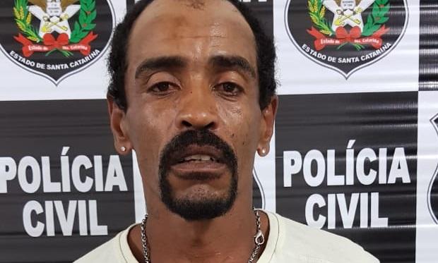 Homem capturado foi conduzido para a Unidade Prisional Avançada de Barra Velha | Foto Polícia Civil/Divulgação