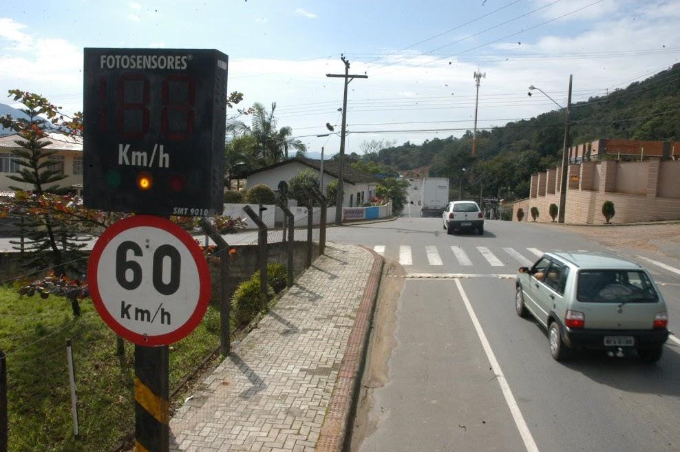 Divisão do recurso segue o Código de Trânsito Brasileiro| Foto Arquivo OCP News