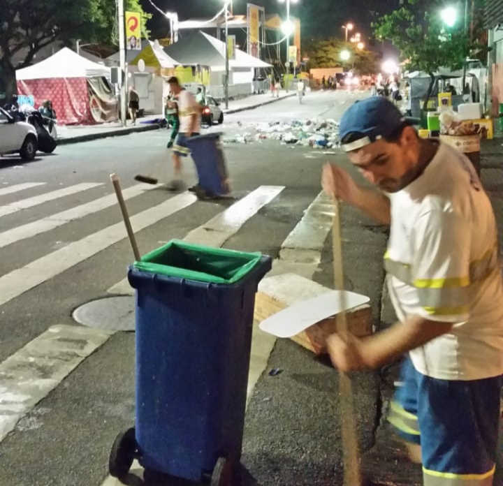 Foram recolhidas no centro da cidade 52,8 toneladas de resíduos sólidos | Foto Comcap/Divulgação