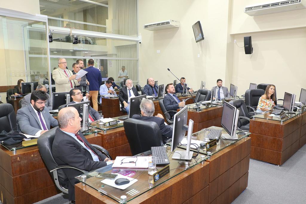 Qualquer voto realizado durante a sessão conta presença automática | Foto Édio Hélio Ramos/CMF/Divulgação