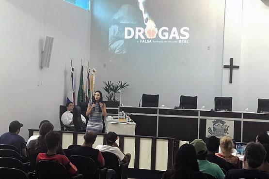 Audiência criminal precisou ser feita na Câmara de Vereadores de Itapoá devido a quantidade de pessoas detidas | Foto Divulgação TJSC