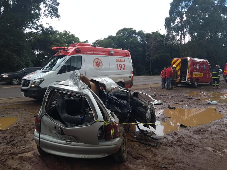 Colisão ocorreu na BR-153, entre Irani e Concórdia, no Oeste de SC, na tarde deste domingo (10) | Foto Divulgação/Atual FM