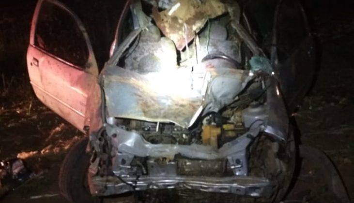 Carro ficou completamente destruído | Foto PRF