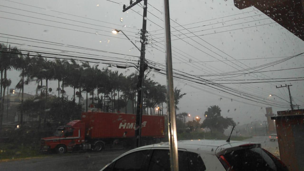 Estão previstas pancadas de chuva, moderada a forte em alguns momentos, e rajadas de vento acima de 60 km/h | Foto Arquivo OCP News